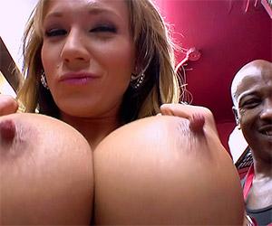 Don't you want to fuck my titties Joe? - Milf Porn