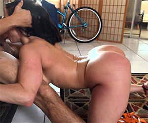 She loves to suck her neighbor's dick - Milf Porn