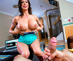 I bet your girlfriend doesn't have huge tits like me. - Milf Porn